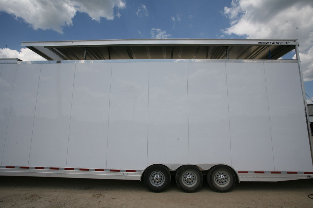 Helicopter cargo trailer